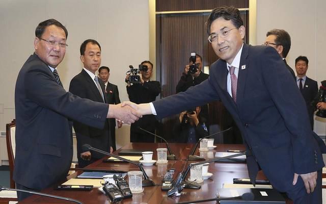 الكوريتان تتفقان على إعادة ربط السكك الحديدية والطرق