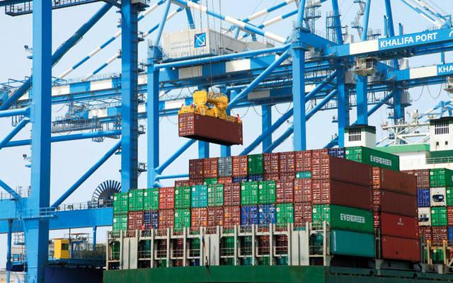 توقعات بنمو تجارة الإمارات غير النفطية 13% في 2021