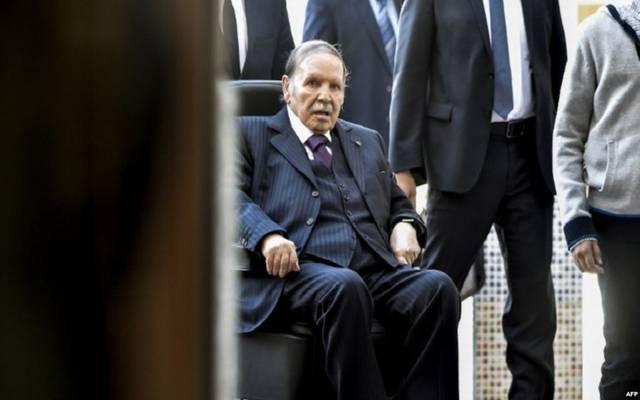 تقرير: الرئاسة الجزائرية تعلن قرارات سياسية هامة اليوم