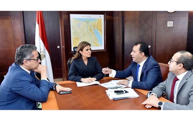 وزيرا الاستثمار والآثار يبحثان إنشاء منطقتين استثماريتين في الأقصر