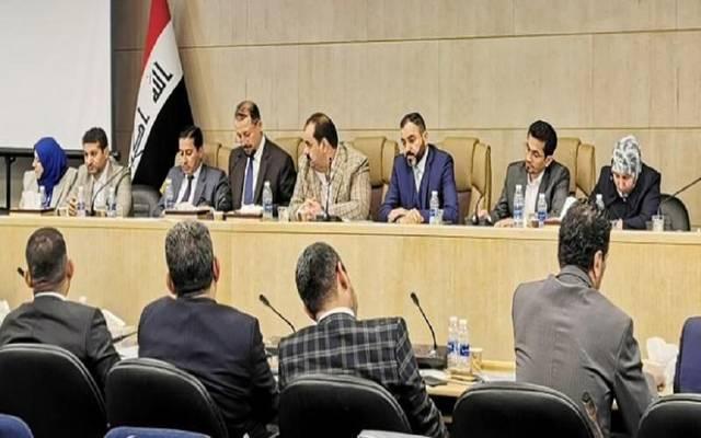 """العراق.. لجنة برلمانية تتفق مع """"سومو"""" على مناقشة أسعار النفط"""