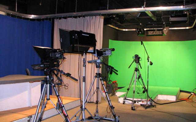 إنتاج البرامج أحد أنشطة الكيبل التليفزيوني