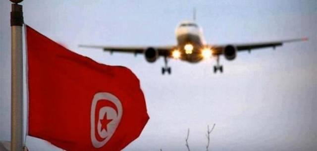 طائرة عائدة إلى الأراضي التونسية