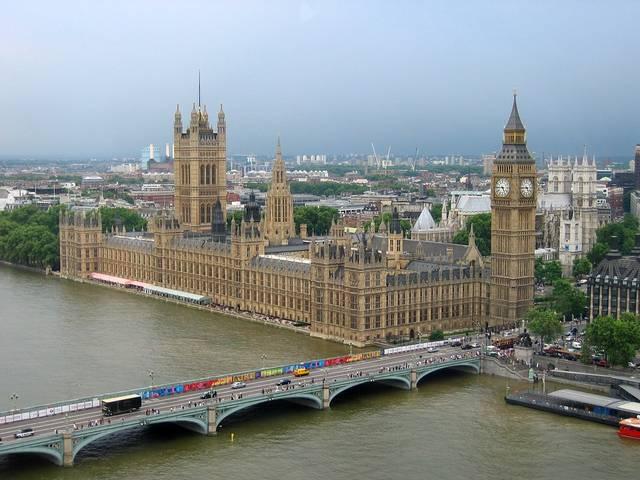 UK economy grows 0.4% in Q2