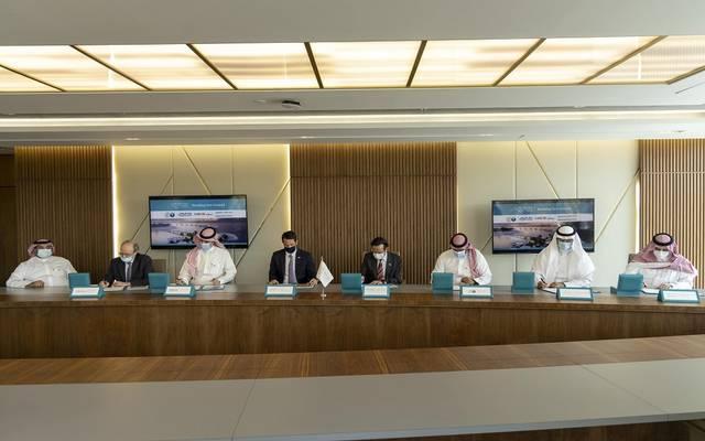 جانب من توقيع شركة البحر الأحمر للتطوير أول تسهيل ائتماني أخضر مع 4 بنوك سعودية