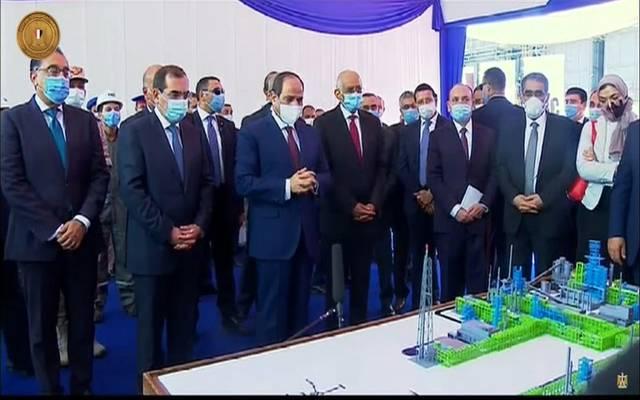 الرئيس عبدالفتاح السيسي خلال مشروع مصفاة المصرية للتكرير في منطقة مسطرد