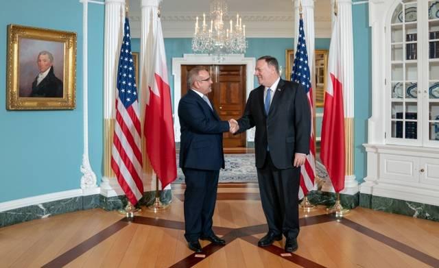 لقاء ولي عهد البحرين بوزير خارجية الولايات المتحدة الأمريكية