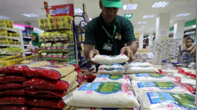 بحلول شهر رمضان..توقعات بتراجع أسعار السلع الغذائية 15% في مصر