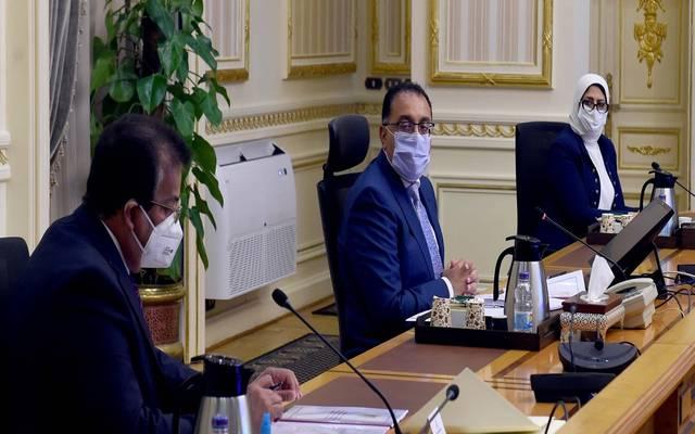 خلال ترأس مصطفى مدبولي اجتماع المجموعة  الطبية؛ لمتابعة الجهود المبذولة لمواجهة فيروس كورونا