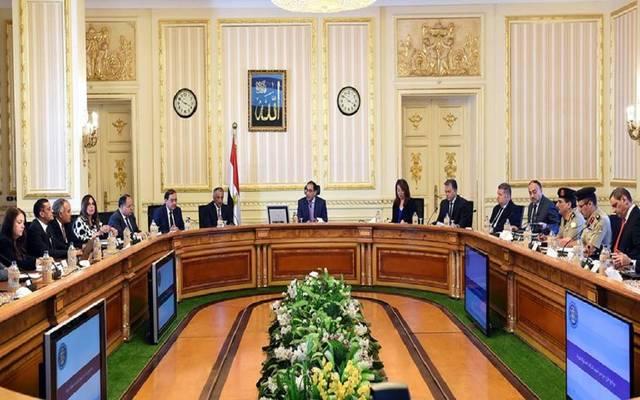 الحكومة تكشف الدفعة الأولى من برنامج الطروحات بالبورصة المصرية