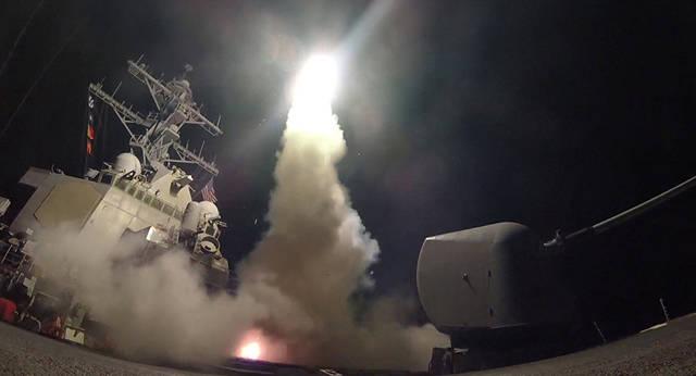 أمريكا وفرنسا وبريطانيا توجه ضربات جوية لسوريا