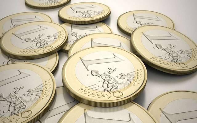 اليورو يتجاوز 1.15 دولار بعد بيانات اقتصادية