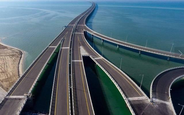 الكويت تدشن رابع أكبر الجسور البحرية في العالم