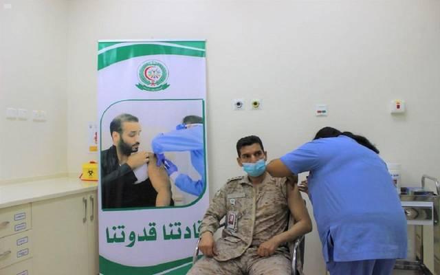 """""""الدفاع"""" السعودية تدشن عدداً من مراكز التطعيم ضد كورونا بمناطق المملكة"""