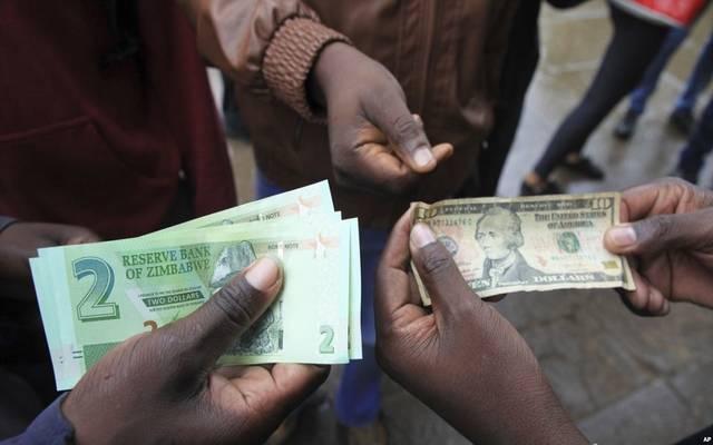 زيمبابوي.. دولة بلا عملة تشهد أزمة عملة حادة