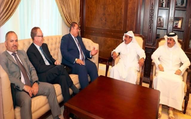"""وزير """"المواصلات"""" القطري يجتمع مع وفد المنظمة الدولية للطيران المدني"""
