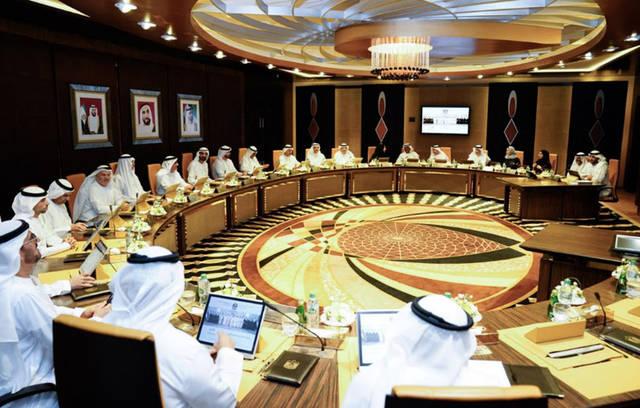 """""""الوزراء الإماراتي"""" يعتمد 11 مليار درهم مساعدات لذوي الدخل المحدود"""