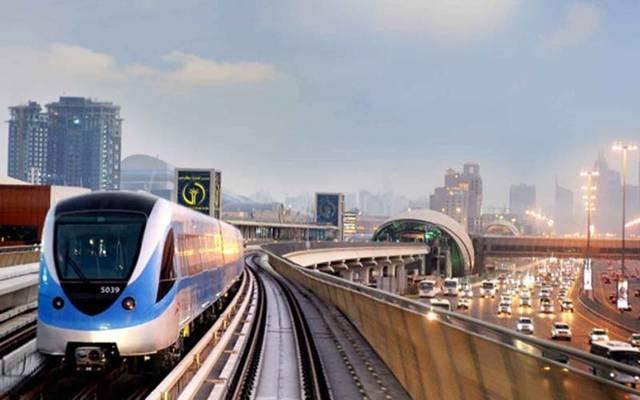 """""""كوفاس"""" تتوقع تسارع نمو الاقتصاد الإماراتي في 2018"""