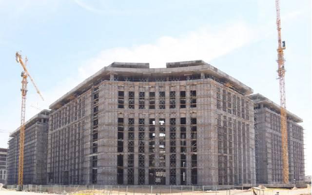 أحد مباني الحي الحكومي