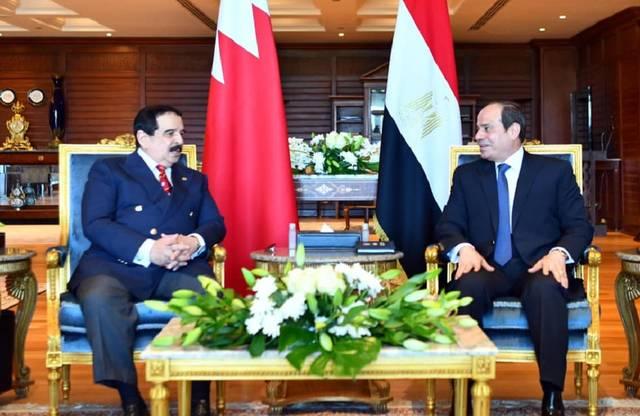 جانب من لقاء السيسي وملك البحرين