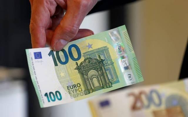 نومورا: اليورو قد يرتفع إلى 1.16 دولار في العام الحالي