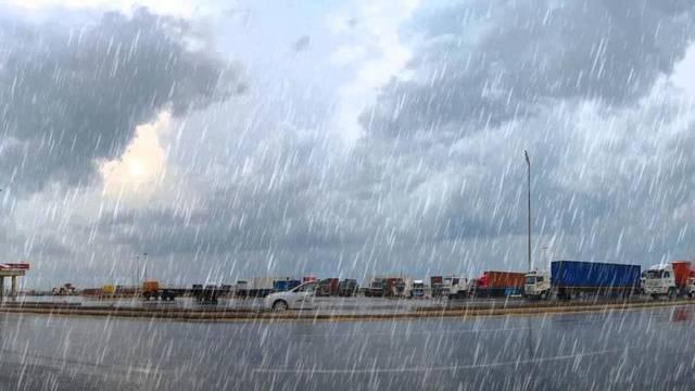 الأرصاد البحرينية تحذر من سقوط أمطار رعدية