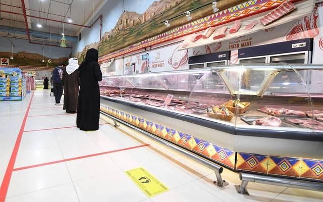 إنفاق المستهلكين بالسعودية عبر نقاط البيع يتراجع للأسبوع الثالث على التوالي