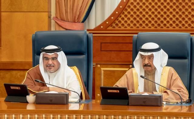 ولي العهد البحريني الأمير سلمان بن حمد، ورئيس مجلس الوزارء الأمير خليفة بن سلمان