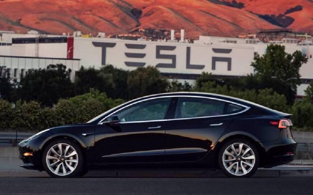 ارتفعت مبيعات السيارات الكهربية خلال الربع الثالث من العام الجاري، لتحقق مستوى قياسياً جديداً