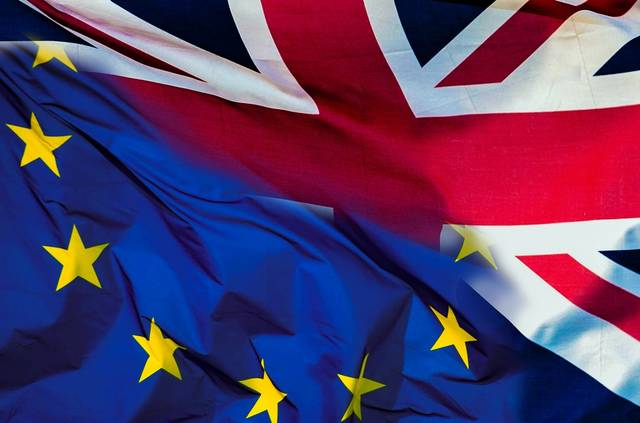 EU citizens to continue living in UK after Brexit