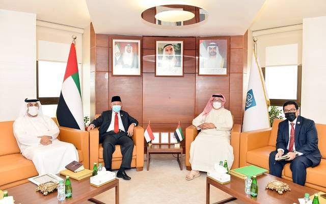 غرفة أبوظبي تبحث مع سفارة إندونيسيا سبل تطوير التعاون لدعم العلاقات الاقتصادية