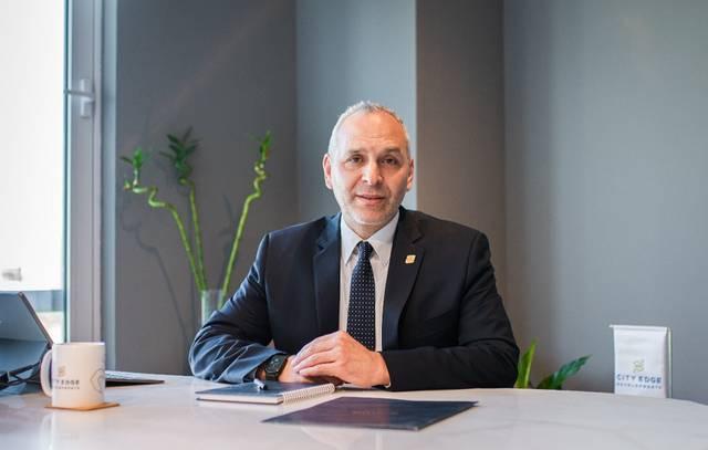 El-Dahan has extensive experience in real estate development