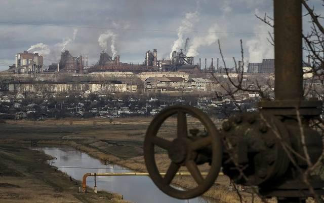 أسعار النفط تتحول للارتفاع بعد هبوط المخزونات الأمريكية