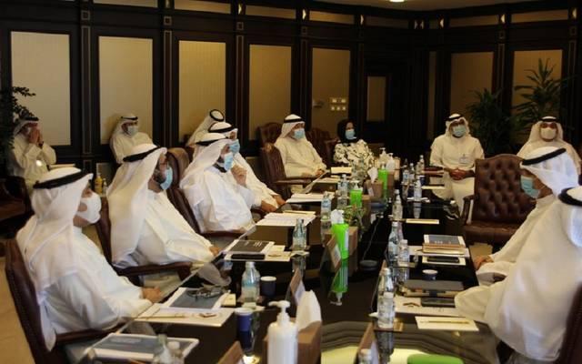 """""""الصحة الكويتية"""" و""""الطيران المدني"""" تتابعان خطة إعادة تشغيل الرحلات التجارية"""