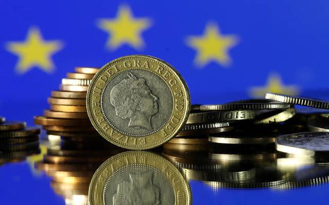 اليونان تحقق أول فائض بالموازنة منذ 21 عاماً