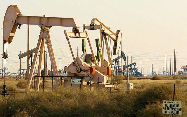 UPDATE 1-Oil rises at settlement, excluding OPEC deal ending
