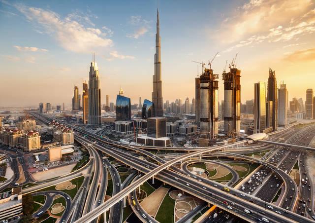 تقرير: الإمارات مركز حيوي على طريق الحرير الجديد