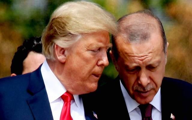 محدث.. الليرة تتحول للصعود بعد تغريدات هادئة لترامب بشأن تركيا