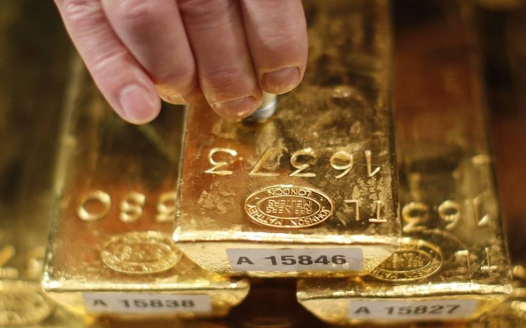 الذهب يربح 38 دولار ويقفز لأعلى مستوى منذ 2013