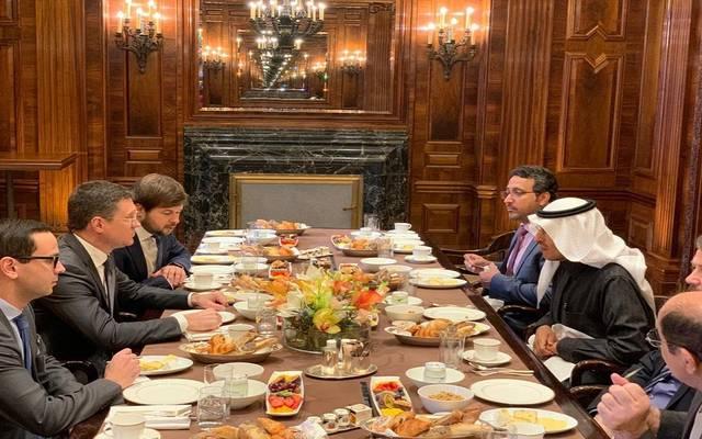خلال لقاء وزير الطاقة الروسي والسعودي على هامش اجتماع لجنة المراقبة الوزارية لأوبك وشركائها في فيينا