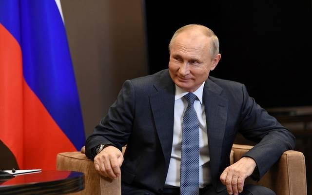 بوتين: عشرات الدول ترغب في شراء اللقاحات الروسية ضد كورونا