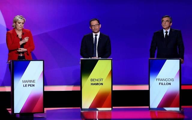 """""""العلاج بالصدمة والضرائب والإنفاق"""".. الاقتصاد في أجندة مرشحي الرئاسة الفرنسية"""