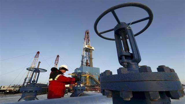 مخزونات النفط في الولايات المتحدة ترتفع للأسبوع الرابع