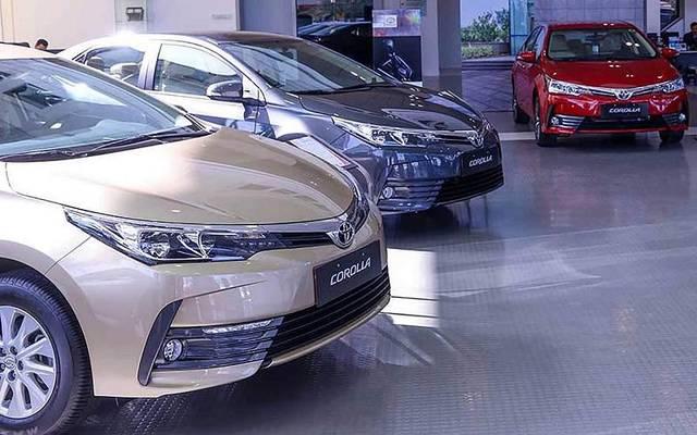 تجار: سوق السيارات المصري ينتظر مزيداً من انخفاض الأسعار