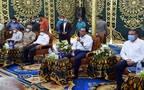 """رئيس الوزراء يتفقد مشروعات """"حياة كريمة"""" بقرية دناصور بمركز الشهداء بالمنوفية"""