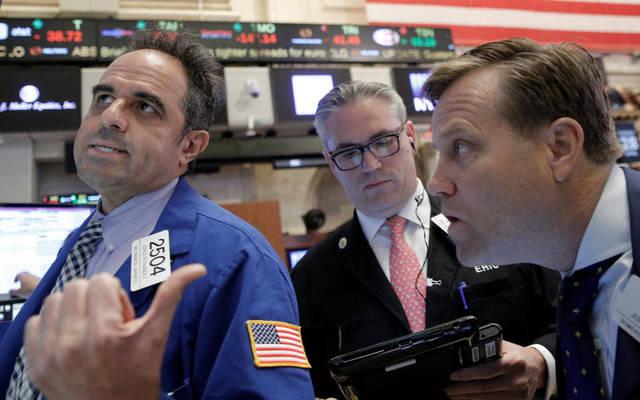 الأسهم الأمريكية تهبط بالتعاملات الصباحية بعد بيانات البطالة