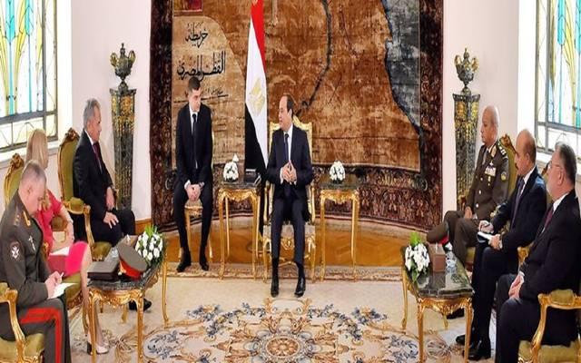 السيسي يتفق ووزير الدفاع الروسي على الحل السياسي لأزمات المنطقة