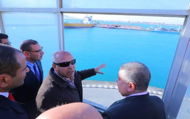 جانب من جولة الوزير في ميناء بورتوفيق