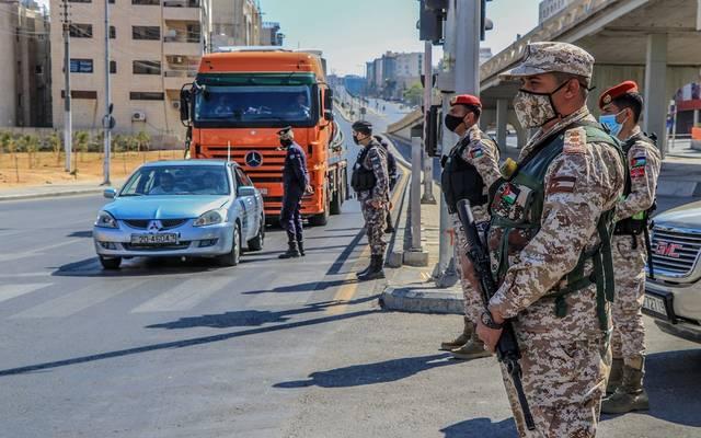 صورة لانتشار القوات المسلحة الأردنية على مداخل ومخارج محافظات المملكة