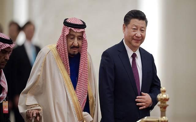 الملك سلمان والرئيس شي جين بينج خلال زيارته للصين في مارس الماضي